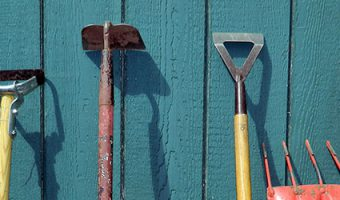 Rethinking Tools for Common Garden Chores – FREE!